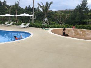 沖縄 恩納村 ハレクラニ沖縄 プール